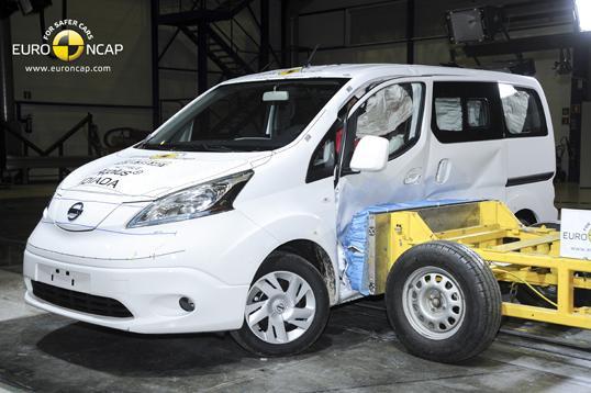 official nissan e nv200 evalia 2014 safety rating results. Black Bedroom Furniture Sets. Home Design Ideas